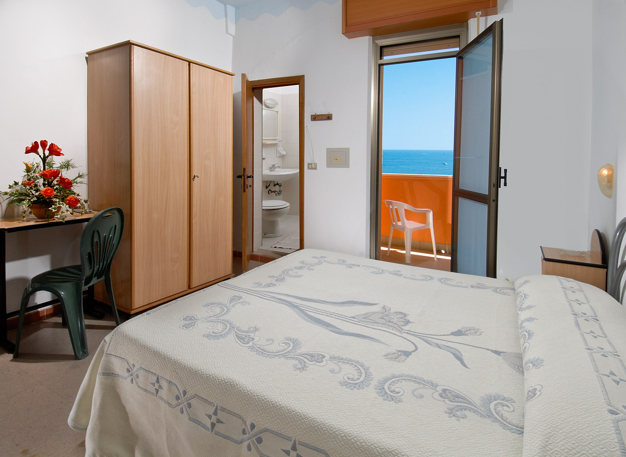 Hotel Edelweiss - camera fronte mare