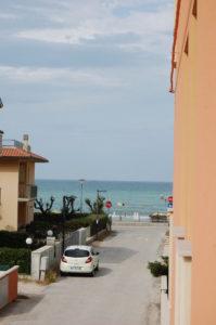La vista mare dal balcone dell'Hotel Edelweiss